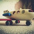 赤ちゃんと一緒に飛行機に乗る際の注意点