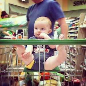 赤ちゃんと買い物